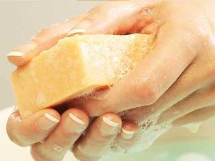Секреты-красоты-от-обычного-мыла_